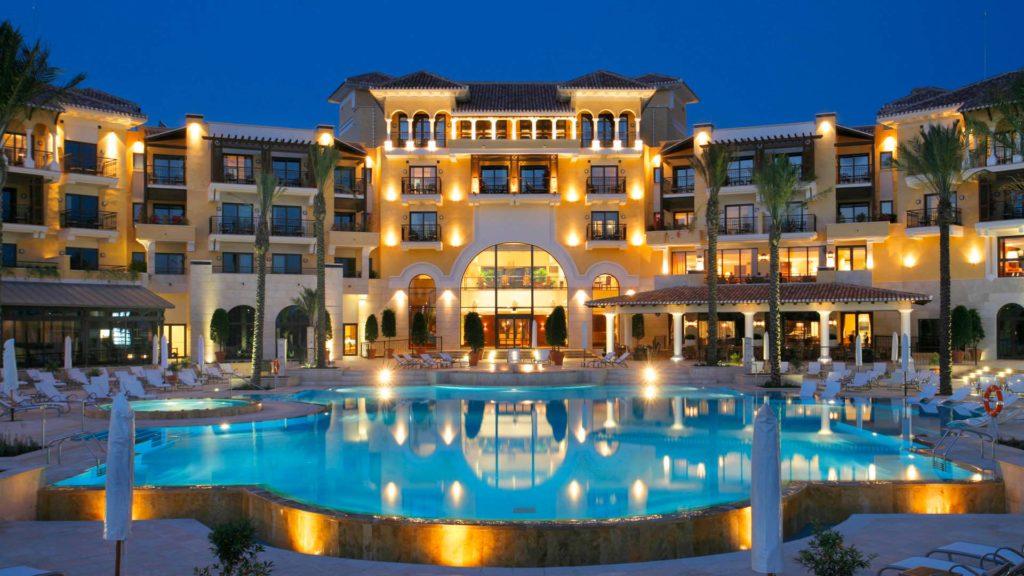 الفنادق في اوزنجول